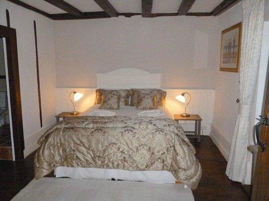 La Maison Puy L'Abbe:                   Our room