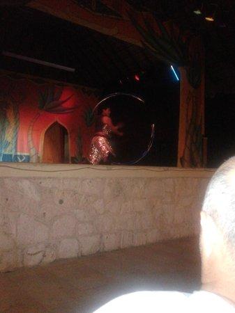 Hotel Riu Lupita:                   Aftenunderholdning