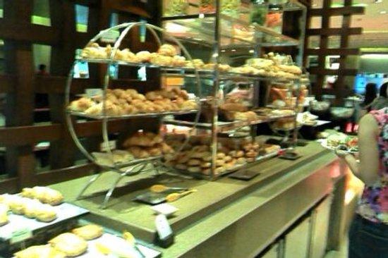Edsa Shangri-La:                   food