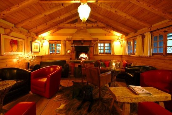 The Auberge du Grand Paradis:                                     cosy fire area