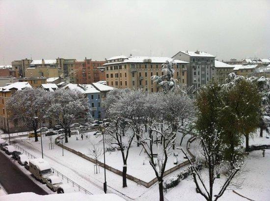 Hotel Florence: Piazza Aspromonte con la neve