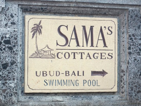 Sama's Cottages and Villas: hotel sign