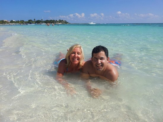 Grand Bahia Principe Tulum:                   enjoying the warm waters
