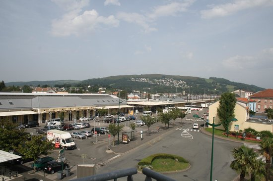 Best Western Hotel BeauSejour Lourdes:                   Railway station view from hotel balcony