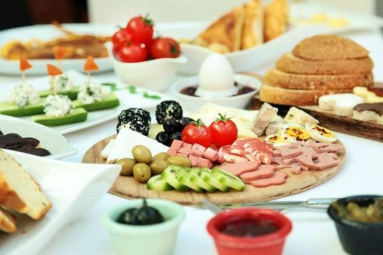 Sultan Tughra Hotel: breakfast
