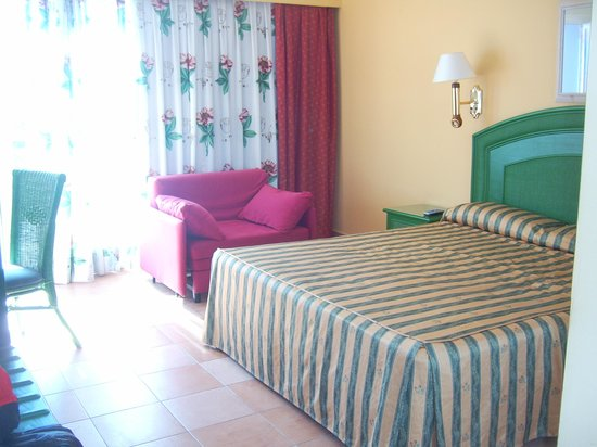 Playaballena Spa Hotel:                   habitacion