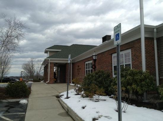 Homewood Suites by Hilton Portsmouth:                   front