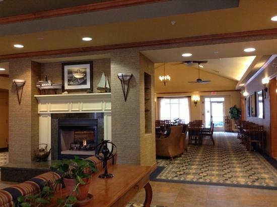 Homewood Suites by Hilton Portsmouth:                   lobby with fireplace