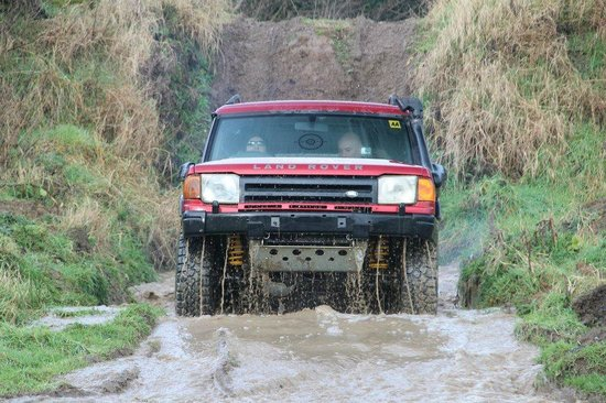 Mondello Park International Motor Racing Circuit: Exiting the water splash in our modified Land Rover!