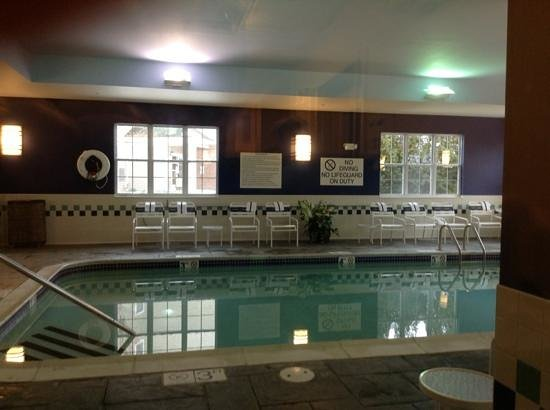 Homewood Suites by Hilton Portsmouth:                   pool