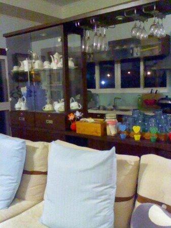 Formosa Vacation House:                   bar area