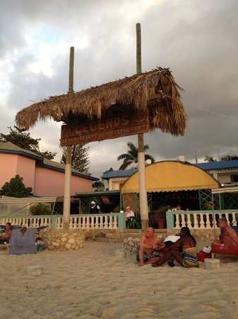 Legends Beach Hotel:                   beach