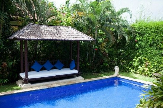 The Zen Villas:                   The best pool, and perfect temperature. ALL TO YOURSELF