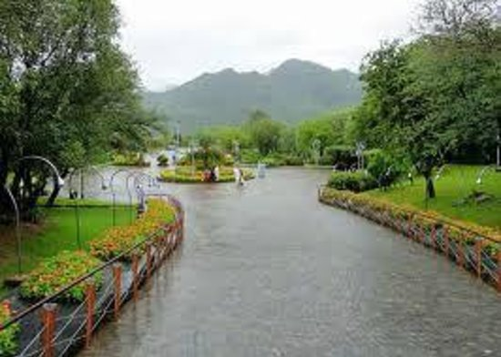 Daman-e-Koh:                                     must visit it