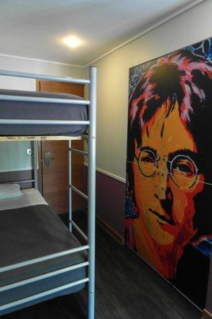 H Rado Hostel: 4 bed Dorm
