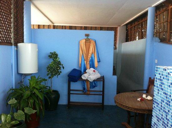Zanzibar Palace Hotel:                   gedeelte badkamer Dunia