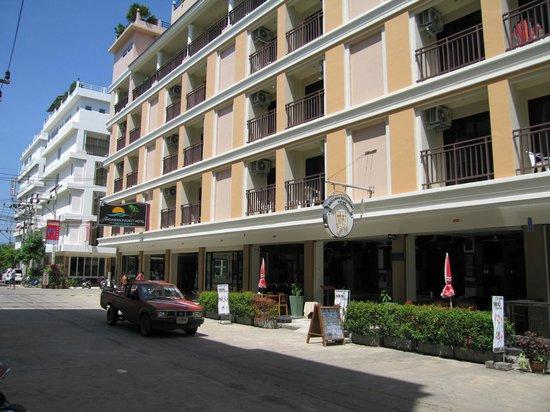 อันดามัน ภูเก็ต โฮเต็ล:                   отель