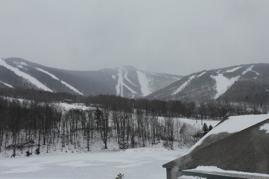 ‪‪Killington Resort‬:                   Looking at the mountain from the Killington Resort