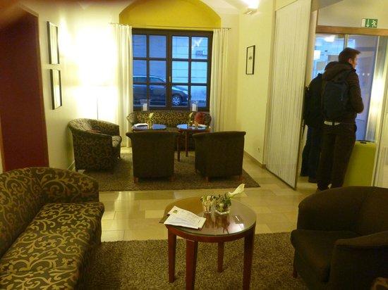 Hotel Das Tigra: Foyer Area