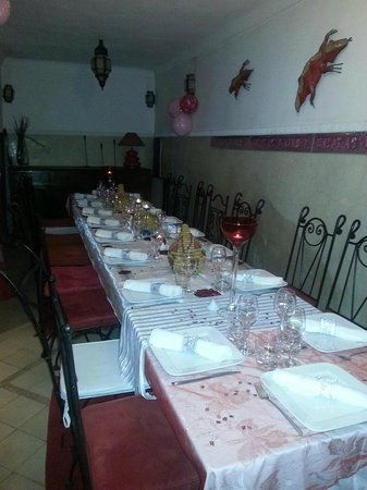 Riad Les Jardins Mandaline:                   Dinning room set up for a big group