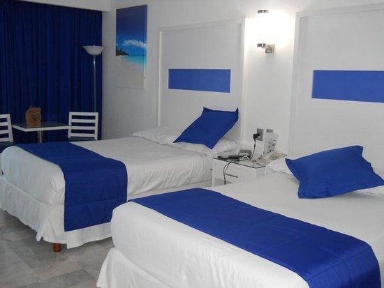 Hotel Riu Caribe:                   habitacion