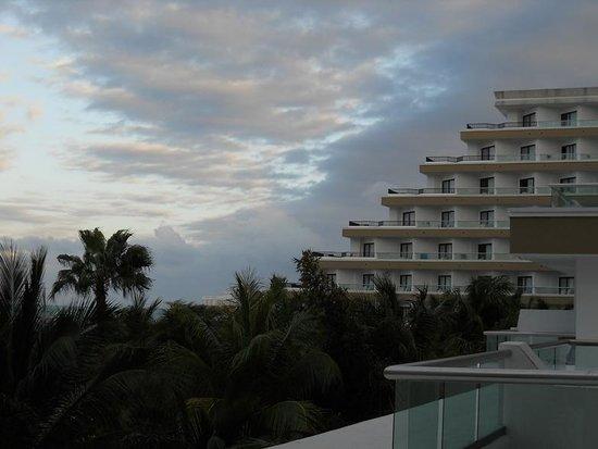 Hotel Riu Caribe:                   hotel