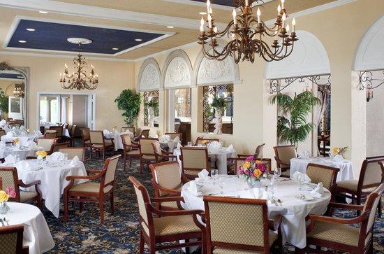 كلوب كونتننتال: Dining room