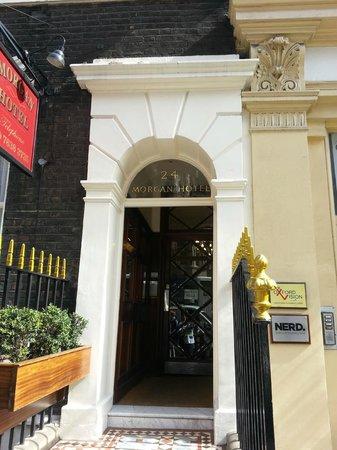 Morgan Hotel:                   L'ingresso