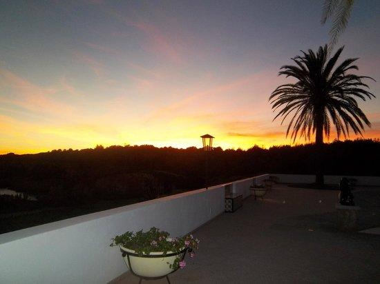Casa Tres Palmeiras:                                     Evening view