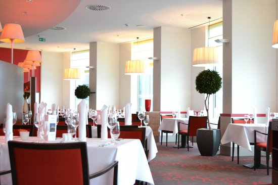 Melia Berlin: Restaurant Café Madrid