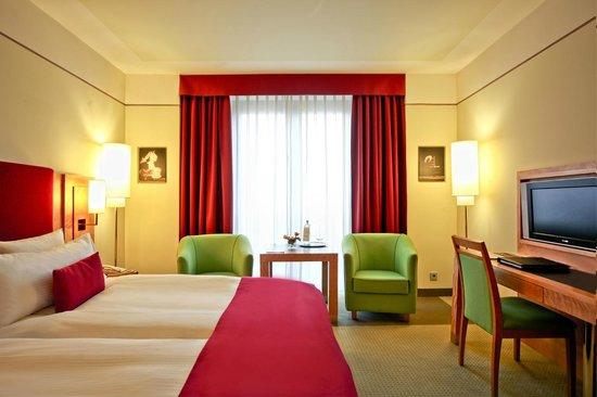 Meliá Berlin: Meliá Premium Guestroom
