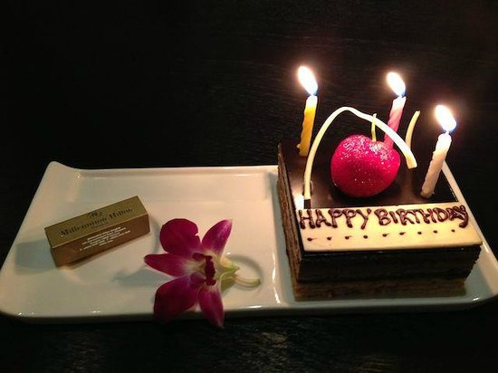 Millennium Hilton Bangkok:                   Birthday cake provided to me on the room - it looked and tasted great! Thank's