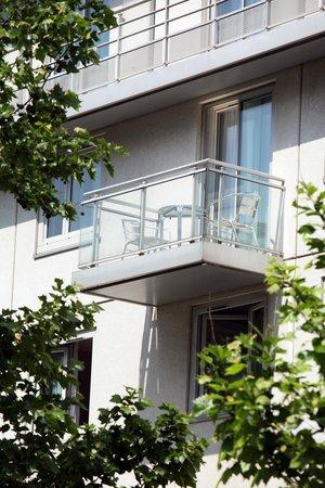 Kyriad Hotel Paris Bercy Village: EXTERIEUR