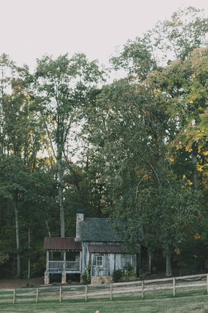 The Farm Cabins & Cottages: Hickory Cabin