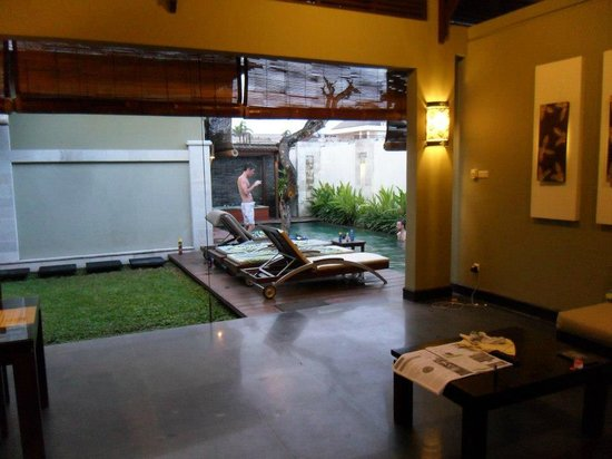 ‪‪Pradha Villas‬:                                     2-bed Villa pool area