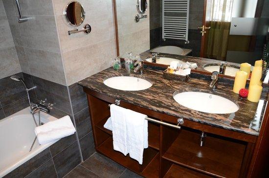 Hotel Parador Canaro : Cuarto de baño