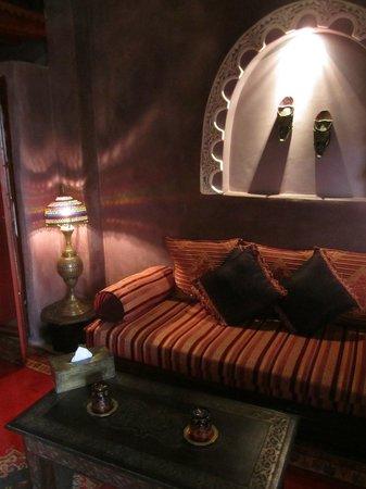 Riad Lorsya:                                     Suite Samsara