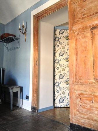 Piazza Castello Apartment: ingresso camera Azzurra