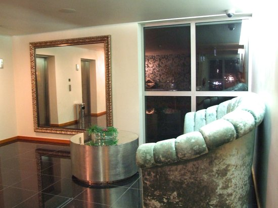 Hotel Praia Morena:                   room floor hall