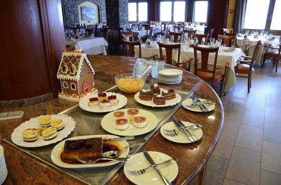 Hotel Parador Canaro : Buffet de postres