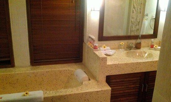 Kyriad Villa & Hotel Seminyak: Wash-bin!
