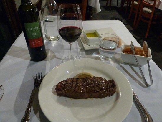 Gaucho's Argentinian Restaurant : Bife De Chorizo - Dry Aged (21 days) Porterhouse - 500g -
