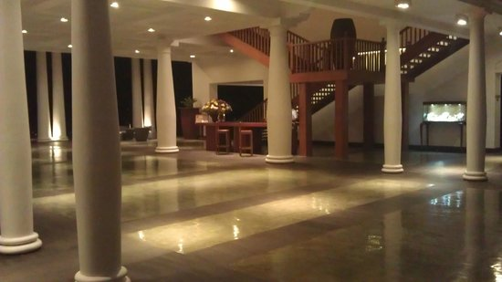 The Fortress Resort & Spa:                   Lobby