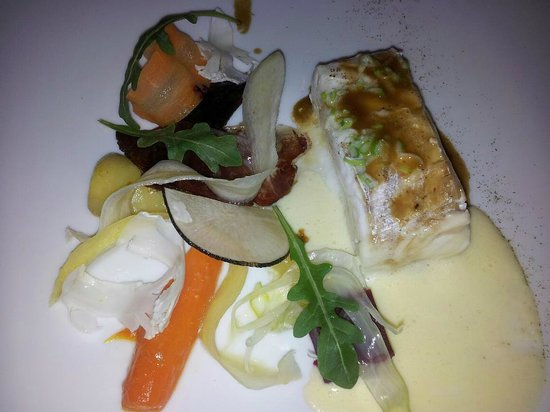 Patrick Jeffroy :                   Filet de barbue en cuisson douce, jus brun de homard,