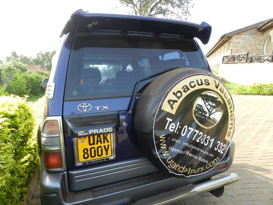 Abacus African Vacations Day Tours : My safari car for next 15days