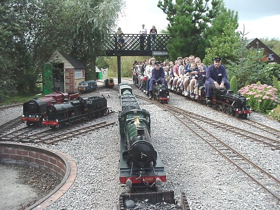 ‪Eastbourne Miniature Steam Railway Adventure Park‬
