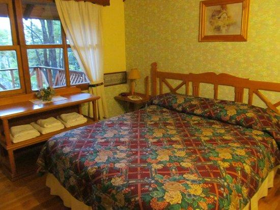 Aldea Nevada - Cabanas:                   habitaciones confortables, amplias y luminosas
