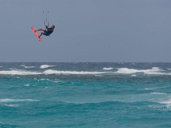 Club Arias B&B:                   Kiting at Boca Grandi