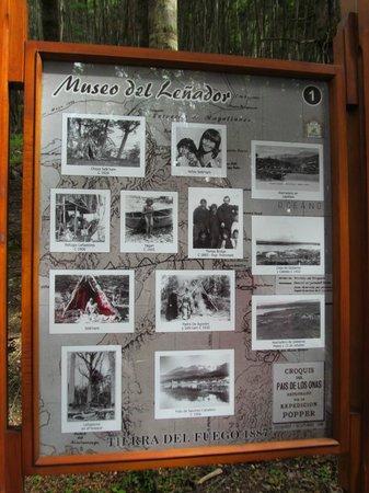 Aldea Nevada - Cabanas:                   cartel descriptivo del pequeño Museo del Leñador