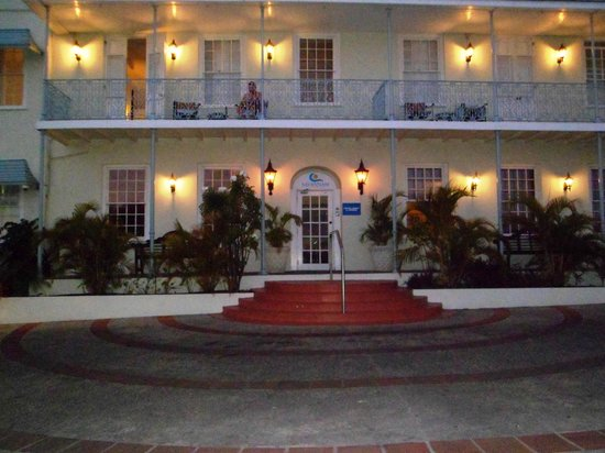 Savannah Beach Hotel:                   Front of the hotel
